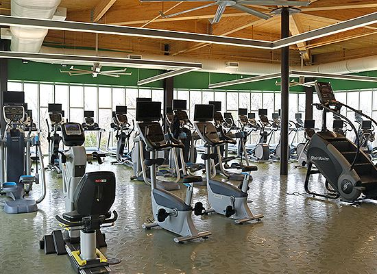 Oak Point workout room
