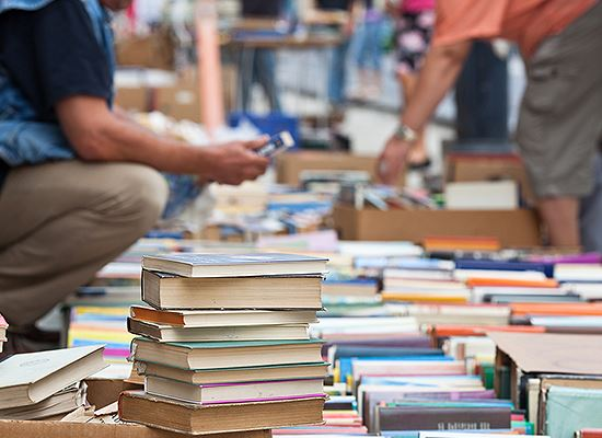 Library book sale image