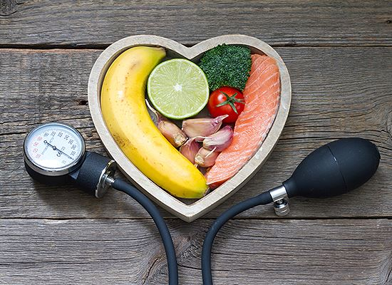 Lower blood pressure with healthy food WEB